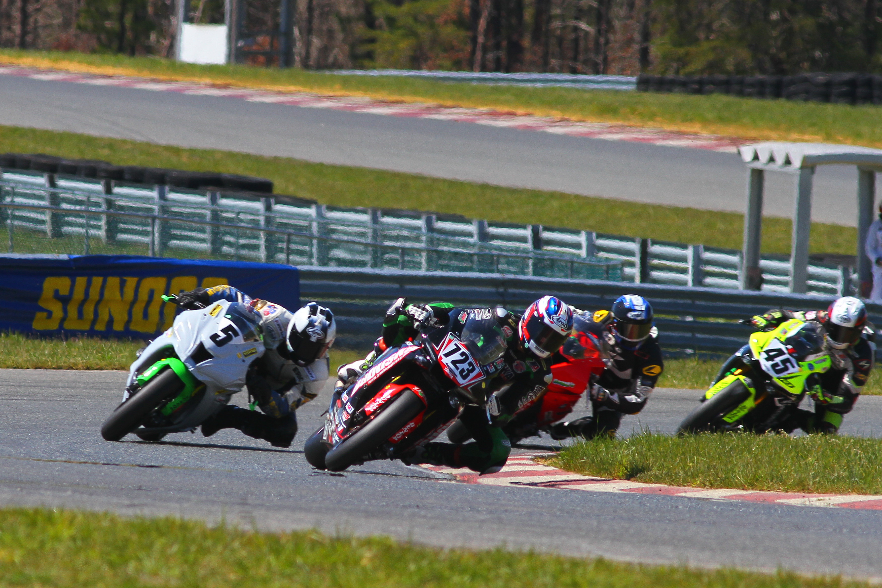 BabuskaLeads SuperStock at NJMP